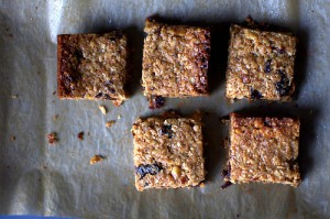 thick-chewy-homemade-granola-bars