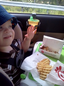 magna-doodle-doubles-as-car-food-tray